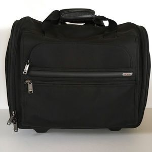 Tumi business travel bag suitcase